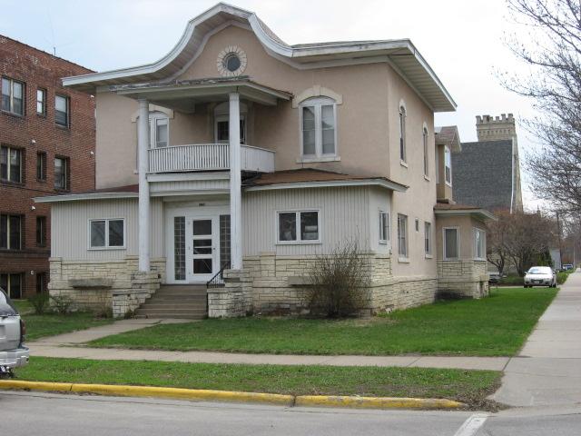 apartment details 1 bedroom s 1 bathroom s monthly rent is 560 590